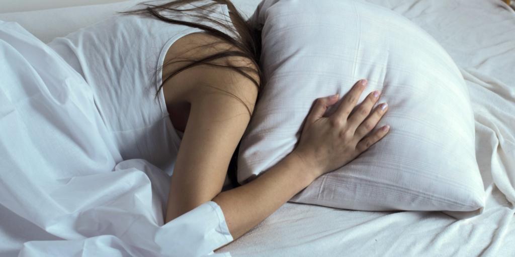 Почему снятся ночные кошмары и на сколько они опасны?
