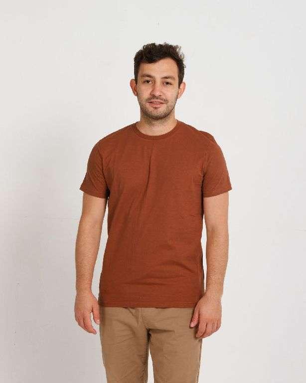Как правильно выбрать мужскую футболку?